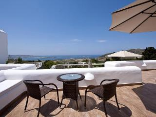 Paros Butterfly Villas 3 with common pool, 1 in Tripadvisor, Parikia