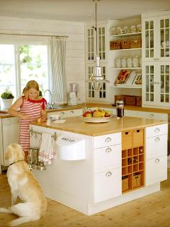 Spacious kitchen with everything you need