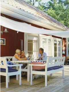 The large deck invites to relax, barbeque and sun tann