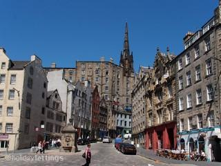 The Grassmarket flat - situated 3rd floor on right