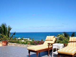 Miss Bea Haven 3/2 Private Pool, Walk to 2 Beaches, Christiansted