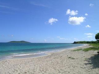 Miss Bea Haven 3/2 Private Pool, Walk to 2 Beaches, holiday rental in St. Croix