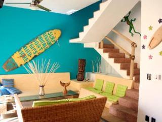 Estilo de SURF de la casa de MATILDA Amazing!! 2Br 2 piscina de BA, Sayulita