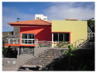 Modern detached Villa Soleil - panoramic sea views, Santo Antao