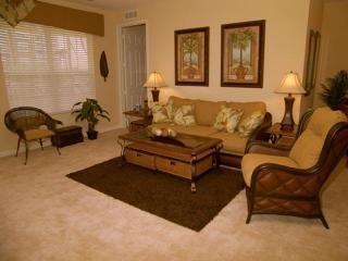 Antiqua Cay Luxury Condo @ Vista Cay, Orlando