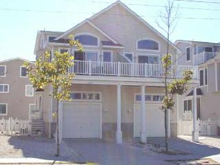 2605 Ocean Drive, Avalon
