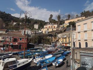 il pozzo e l'ulivo - just 200 meters from the Metro station -