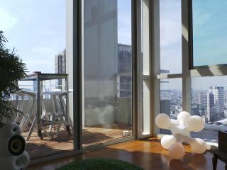 luxury 2 bedroom penthouse on Chao Phraya river, Bangkok