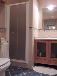 1st floor ensuite, shower only