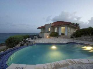 Oceanfront Villa with Luxurious Privacy, Bottom Bay