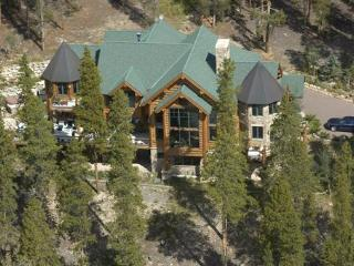 Magnificent $3 mill, 8620 Sf 6 bed/7 1/2 ba estate, Silverthorne