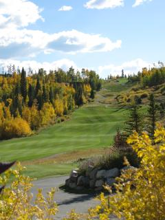 Fall on the Raven Three Peaks golf course