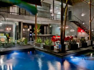 4 Bedroom Funky Retro Style Villa in Seminyak