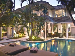 Picturesque Large 5 Bedroom Villa, Seminyak'