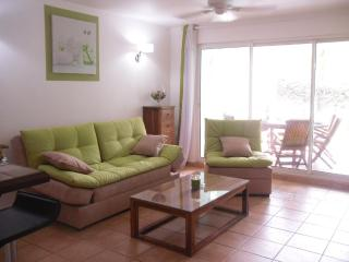 Caribbean Salt In front of beach 2 bedrooms & pool, Orient Bay