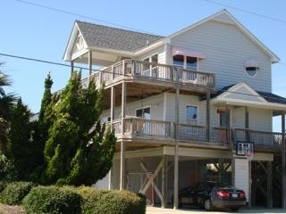 Beautiful Oceanside Home w/ Pool and Great Views!, Emerald Isle