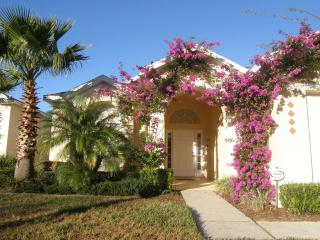 Villa Amanda - 3bed/2 bath, Pool. FREE Wifi, Davenport