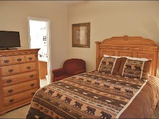Master Bedroom - Queen, Private Bathroom, LED TV with DVD