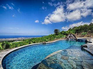 Custom 3 bedroom, 3 bath with Pool, spectacular Ocean & Sunset Views