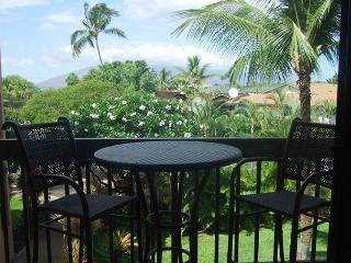 Steps to Kamaole Beach #1 Remodeled Maui Vista 1 Bd 1 Bath Great Rates!, Kihei