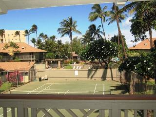 Kihei Bay Surf #226  Studio Sleeps 3 Across From Beach Great Rates!