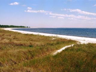 Carrabelle beach - peaceful, unpopulated, just sea, sand, sun and sky