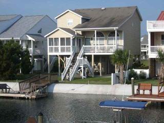 5br/4ba Canal Waterfront Home-25 Leland w/2 Kayaks, Ocean Isle Beach