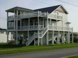 CanalWaterfront Near Beach 4br-4ba Kayak-Internet, Ocean Isle Beach