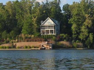 Blue Ridge Mountain View Lakefront Home Oconee SC, Salem