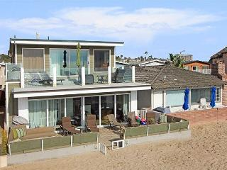 Beautiful Oceanfront Lower Unit of a Duplex! Incredible Views! (68260), Newport Beach