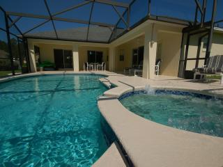 South facing pool and spa for you to enjoy right from the early morning