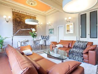 Luxury Catalunya B apartment, Barcelona