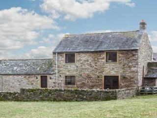 THE STABLE, working farm, open fire, patio with rural views in Shap, Ref 21755