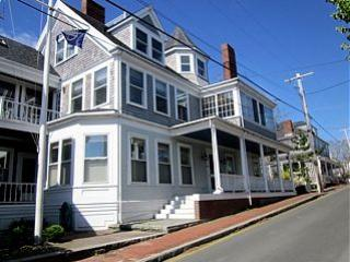 2 Bedroom 2 Bathroom Vacation Rental in Nantucket that sleeps 4 -(10361)
