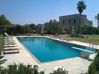 Villa Salento vacation holiday large villa rental, villa to rent, villa to let