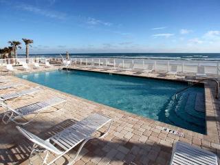 Daytona Beach Direct Ocnfrnt Opus 2nd Flr, 3 Bed 3 Bath Condo*SEPT $150/ntly*