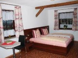 Guest Rooms in Unterwürschnitz - grill, great views, pets allowed (# 3547), Unterwurschnitz