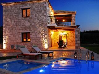 Adamas Luxury Stone Villas Villa I, Mouzaki
