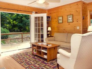 Lost River WV 2-br 2-ba cabin