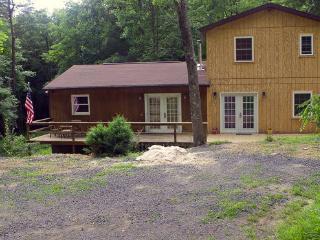 Lost River WV 3-br 3-ba cabin