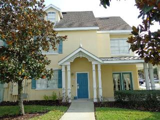 Great 2Bed,  4m DISNEY, Shuttle, Wifi, Pool, Rec.