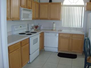 Full Functioning Kitchen