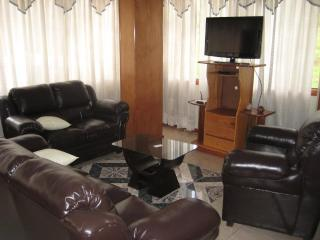 only 1.2 miles from downtown, safe and comfortable bed and breakfast, Cuzco