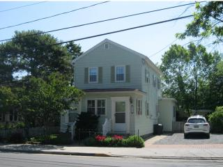Cape May Cottage- Walk to Beach, Restaurants,Shops