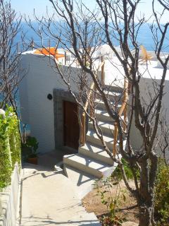 Villa Roja access
