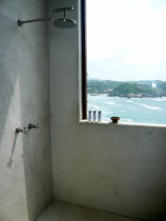Villa Roja shower with amazing seaview