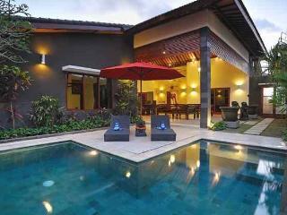 Pulau Tenang Bali Villas - 5 Bedroom Family Villa, Denpasar