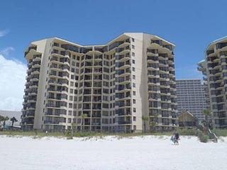Oceanside 1 Bedroom with Pool & Spectacular Gulf View from Balcony