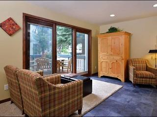Remodeled & Economical Condo - Radiant Heating on the Ground Floor (1215), Ketchum