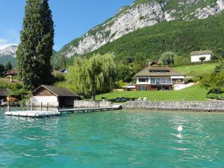 5 Star waterfront villa Bagatelle for 10 p. Annecy, Veyrier-Du-Lac